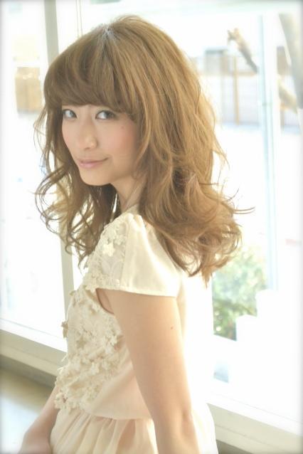 内定取り消しから法廷闘争の末に日テレ入社した笹崎里菜アナの女子大モデル時代のお宝画像4
