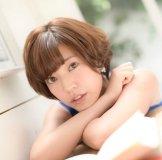 【パンチラ】西野志海[テレビ東京]ベットに入る一瞬のハプニングwスカートの中が・・・
