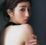 あだ名が前後ろ!?ペチャパイ美人代表w堀田茜モデル仕事でスレンダーな美脚と微乳ボディをチェック!