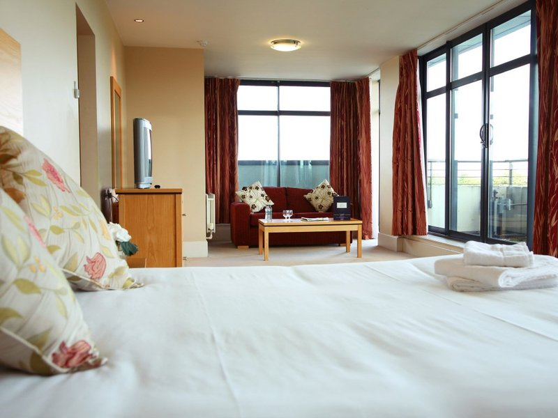 Green Isle Conference and Leisure Hotel