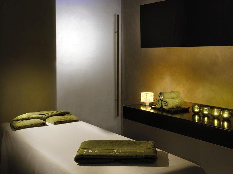 Nassima Royal Hotel