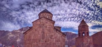 19Гора Казбек и Троицкая церковь в Гергети