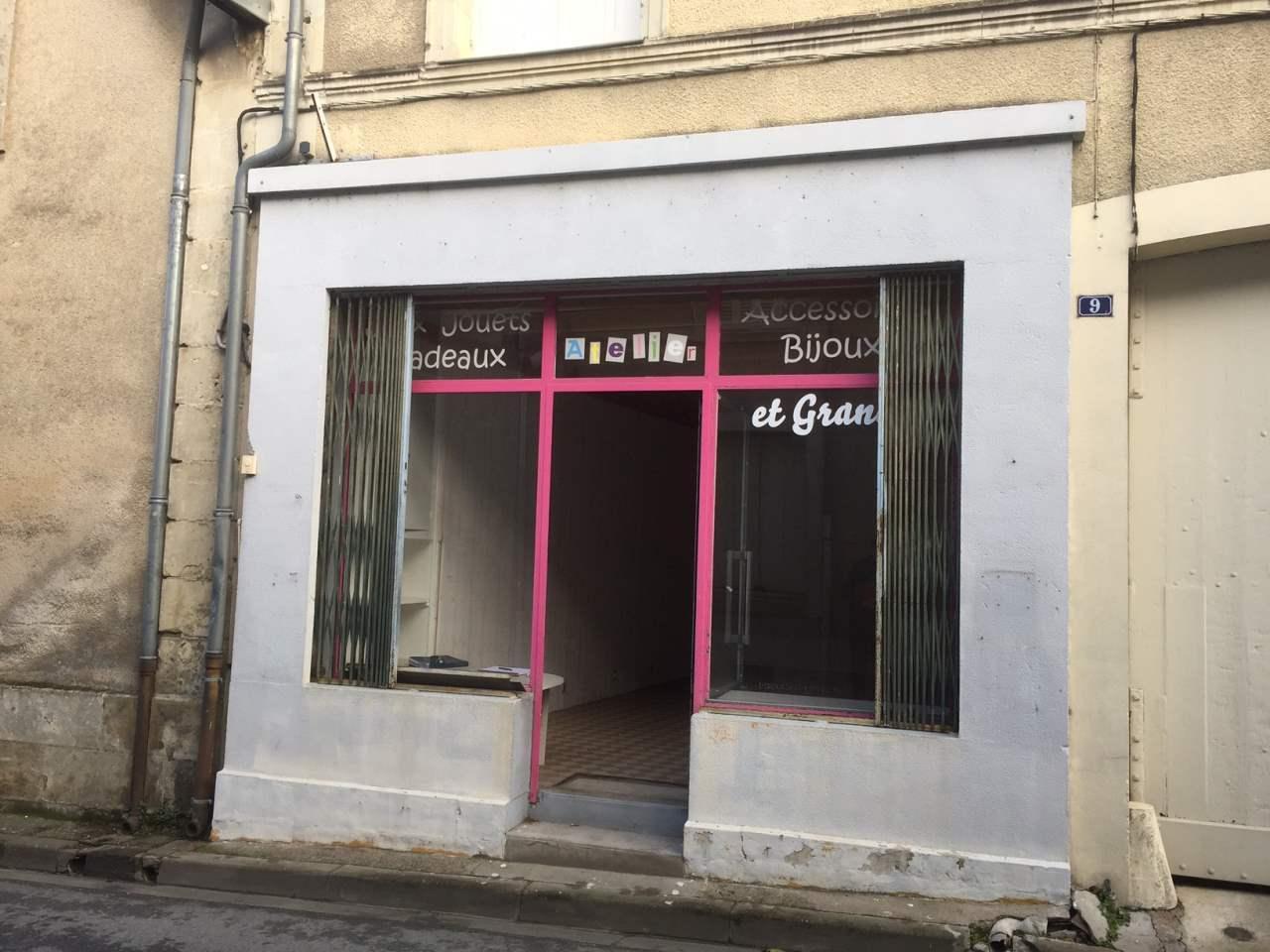 Location Divers Azay Le Rideau Departement 37 Indre Et Loire