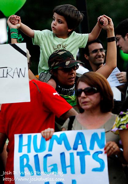 090725_JDW_IranProtest_0005