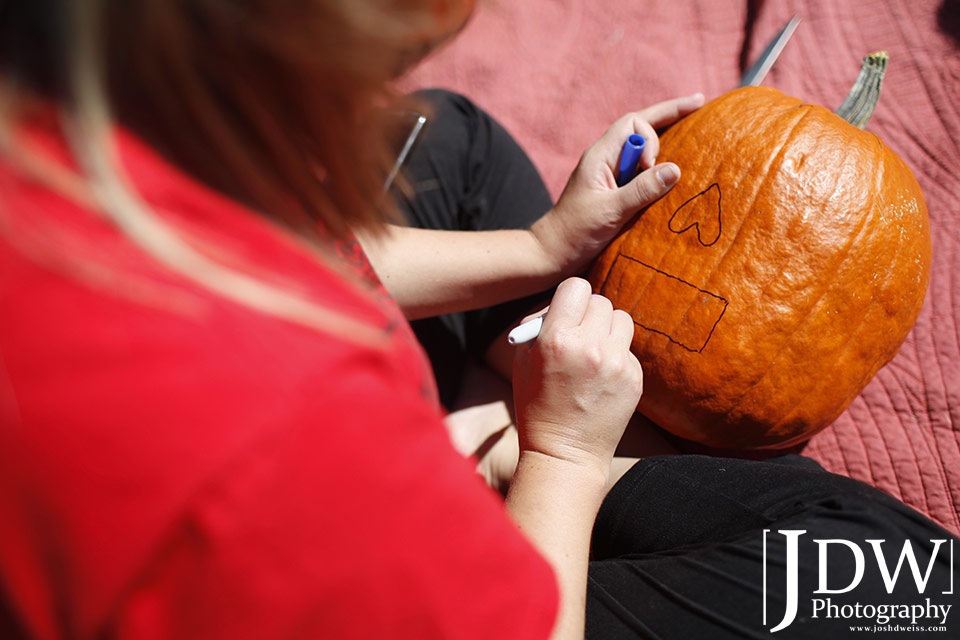101017_JDW_PumpkinCarving_0018