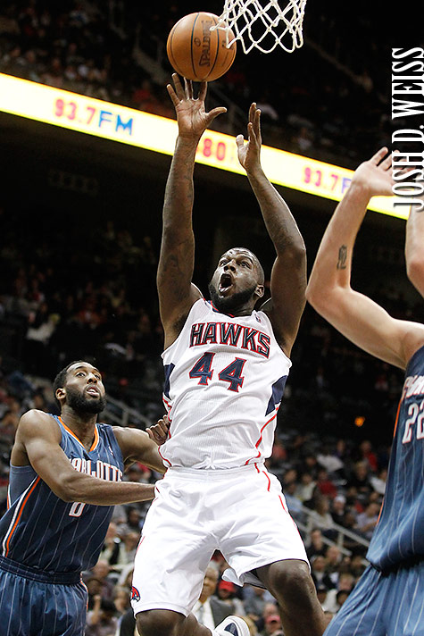 120112_JDW_Bobcats-Hawks_0435