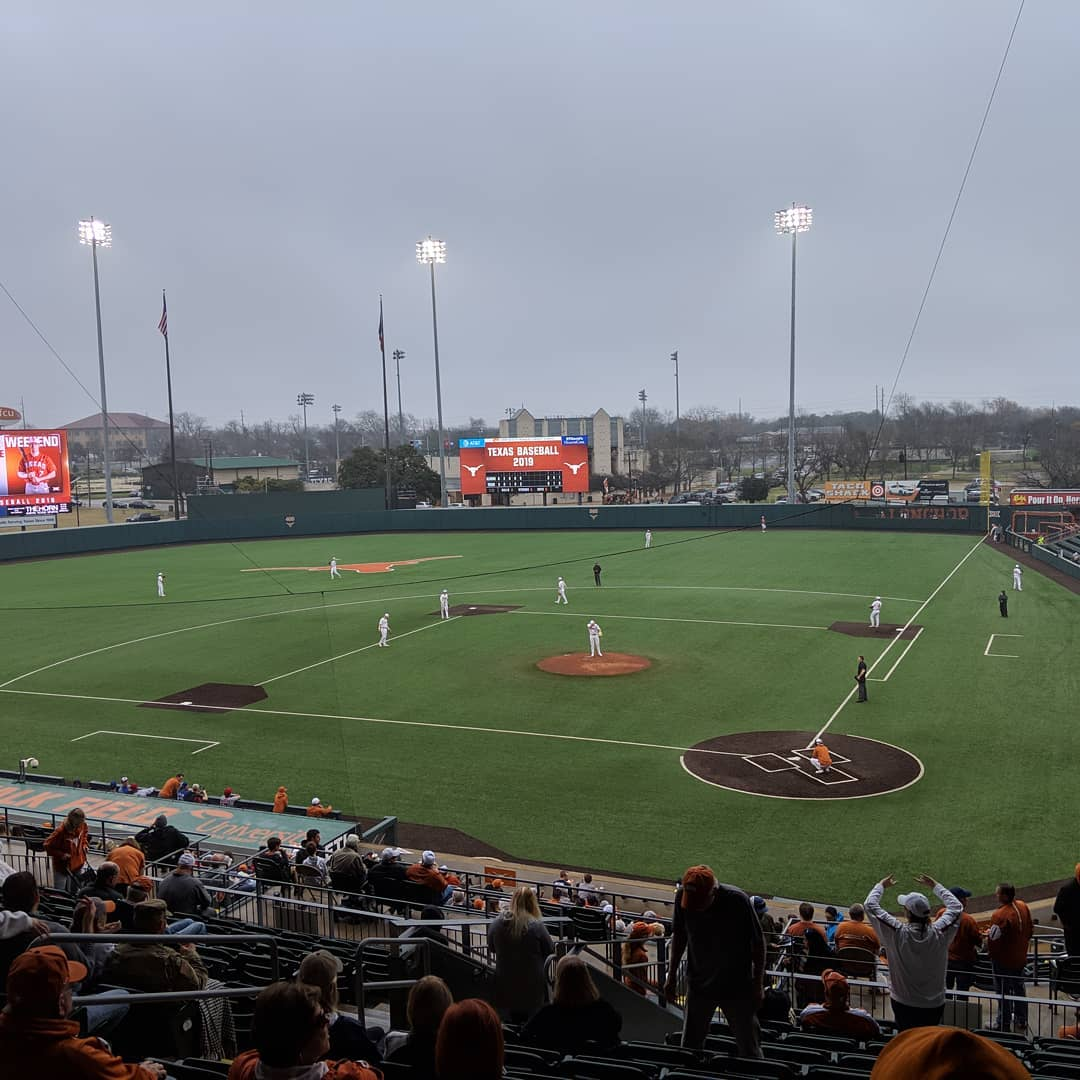 Best way to spend a Saturday is with a little @texasbaseball .