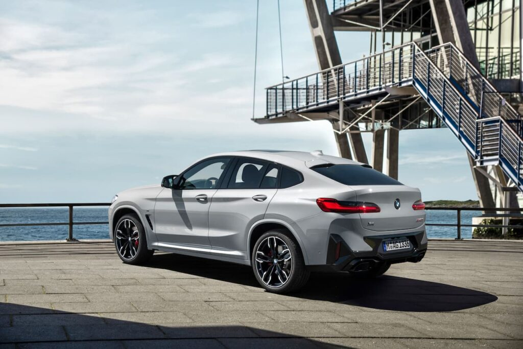 BMW X3 and BMW X4 LCI 2022 version launched 10