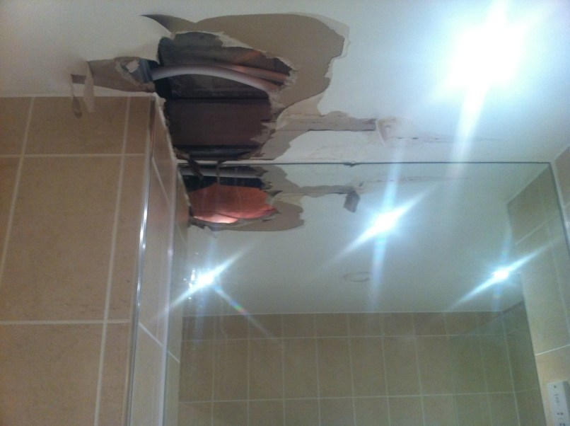 Replacing A Plaster Board Bathroom Ceiling Plastering Job In