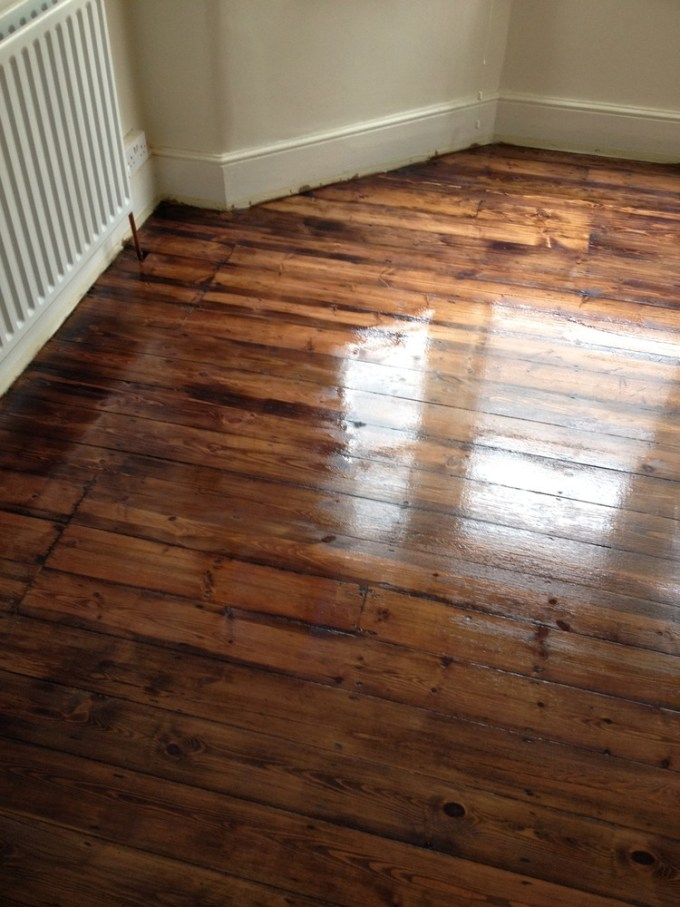 How To Sand And Varnish Parquet Flooring Wikizie