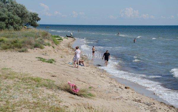 Море и пляж Заозерного 2019. Фото Заозёрного
