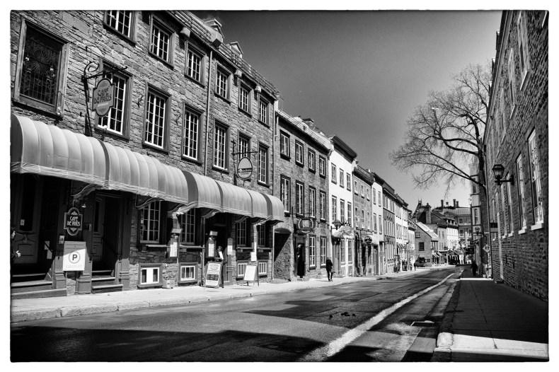 Café de Paris sur la rue St-Louis dans le Vieux-Québec