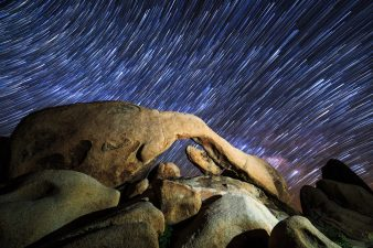 StarStaX_ArchRock
