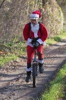 Le Père Noël a participé aux 3 Heures VTT de Noël
