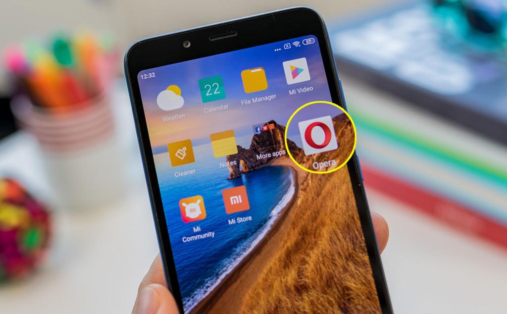 6.Opera_Default_Smartphones.jpg