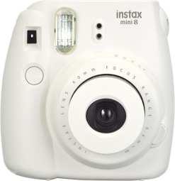 b35f51f1 ffe9 47af 981b c7578fec417e - Fujifilm Instax Mini 8 Instant Film Camera (White)
