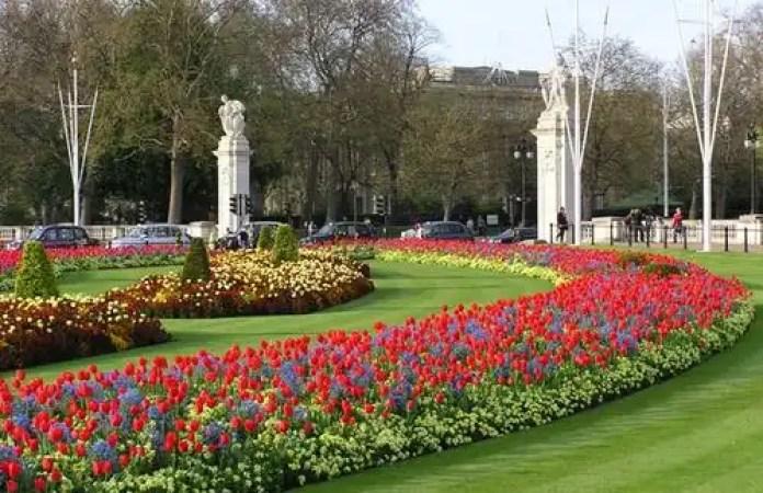Resultado de imagen de Palacio de St. James en Londres jardin