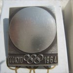 東京オリンピックバッジ1