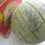 ミュンヘンオリンピック日本代表女子バレーボールチームサインボール2