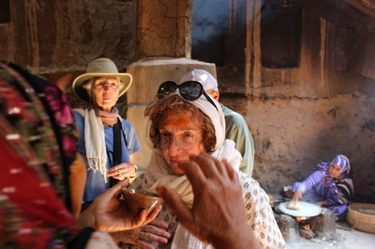 Desert-Kingdoms-Oman-Annie-Hawkinsbeauty-mask-with-safran-IMG_5191-saadj