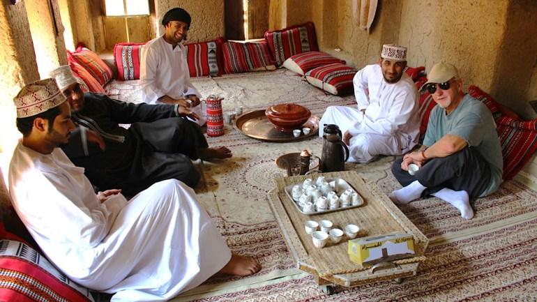 Desert-Kingdoms-Oman-Annie-Hawkinstraditional-house-of-Al-Hamra-IMG_5219-saadj