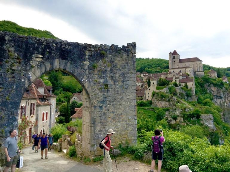 Annie-Hawkins-From-medieval-village-to-medieval-village-IMG_2614-saadj