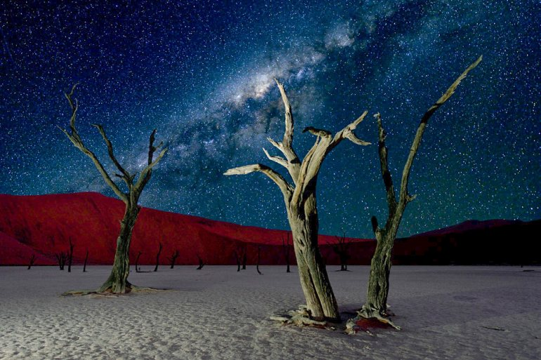 deadvlei namibia milky way