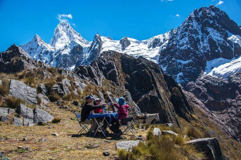 picnic in the Cordillera Blanca