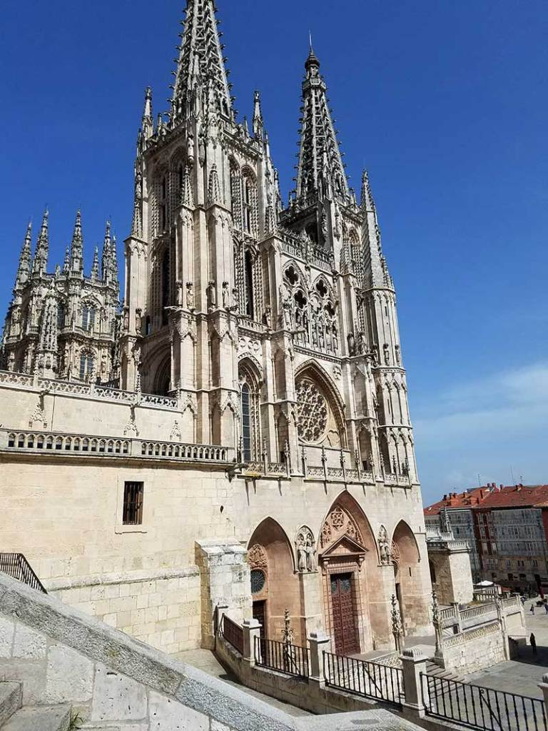 cathedral burgos camino de santiago pilgrim's way spain