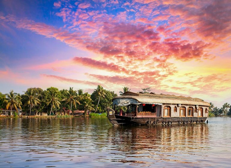 houseboat in south india