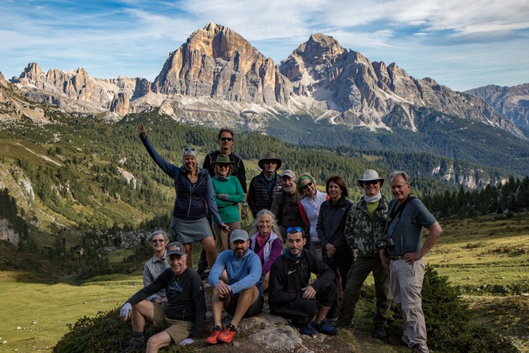 group photo of hikers in the Cortina Dolomites