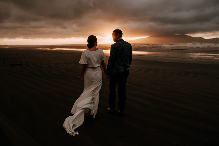 sunset wedding photo 2020