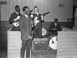 Blue Gables band Knight Owls Linlithgo 1962
