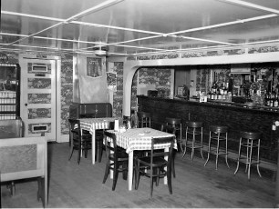 Idle Hour Bar Tivoli NY 1953 (2)