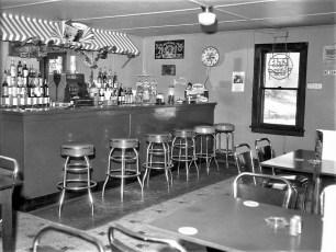 Kipps Tavern Rt 9G Clermont 1960 (3)