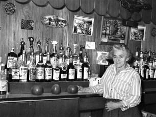 Lena Mueller Ridgewood Inn Rt 9 Livingston 1970