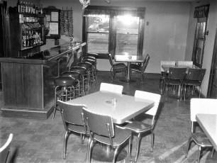 Pleasant View Inn Rt 9 Bells Pond 1961 (2)