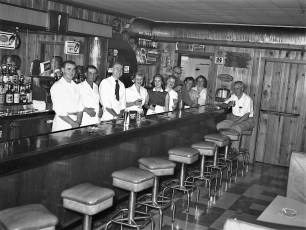 Post Road Tavern Route 9H 1953