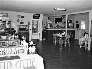 Yolanda Lucchesi Pizza Rest. Acra 1968 (3)