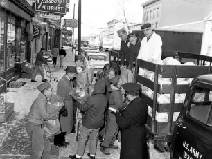 National Guard assists Boy Scout Troop 102 with Xmas Baskets from Ginsbergs Market 1959