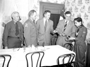 Scout Father & Son Dinner Robert Schulteis Scout of Yearr (2)