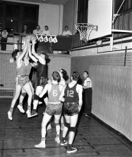 Chatham Basketball vs. Berlin 1956 (2)