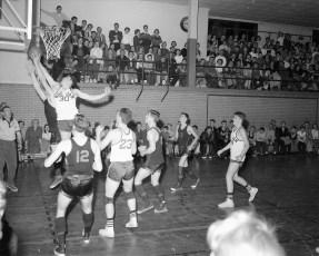 Chatham vs. Roe-Jan V. Basketball 1958 (2)