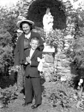Church of the Resurrection 1st Communion Edward & Irene DeWitt 1959