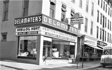 Delamater's Appliances 6th & Warren St. Hudson 1954