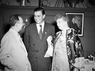 Eleanor Roosevelt General Worth Hotel Hudson 1952 (3)