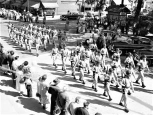 Hudson Memorial Day Parade 1954 (2)