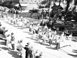 Hudson Memorial Day Parade 1954 (7)