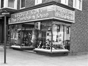 Stores Warren St Hudson NY 1953 (6)
