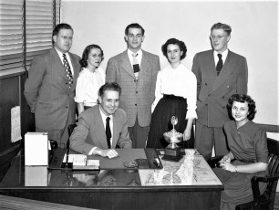 Upstate Loan Co. Park Place Hudson 1951